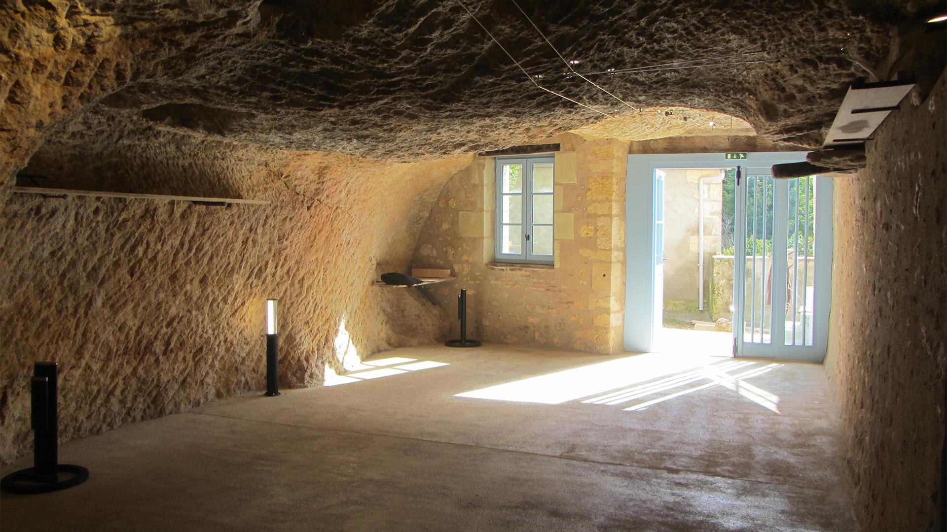 maison troglodytique saint pierre de maille